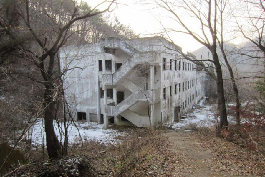 Haunted Gonjiam Psychiatric Hospital: A Place Of The Forgotten