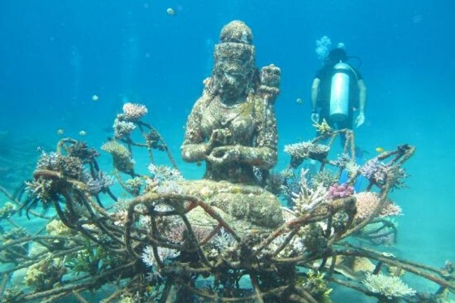 The Creation Of The Underwater Mystical Site